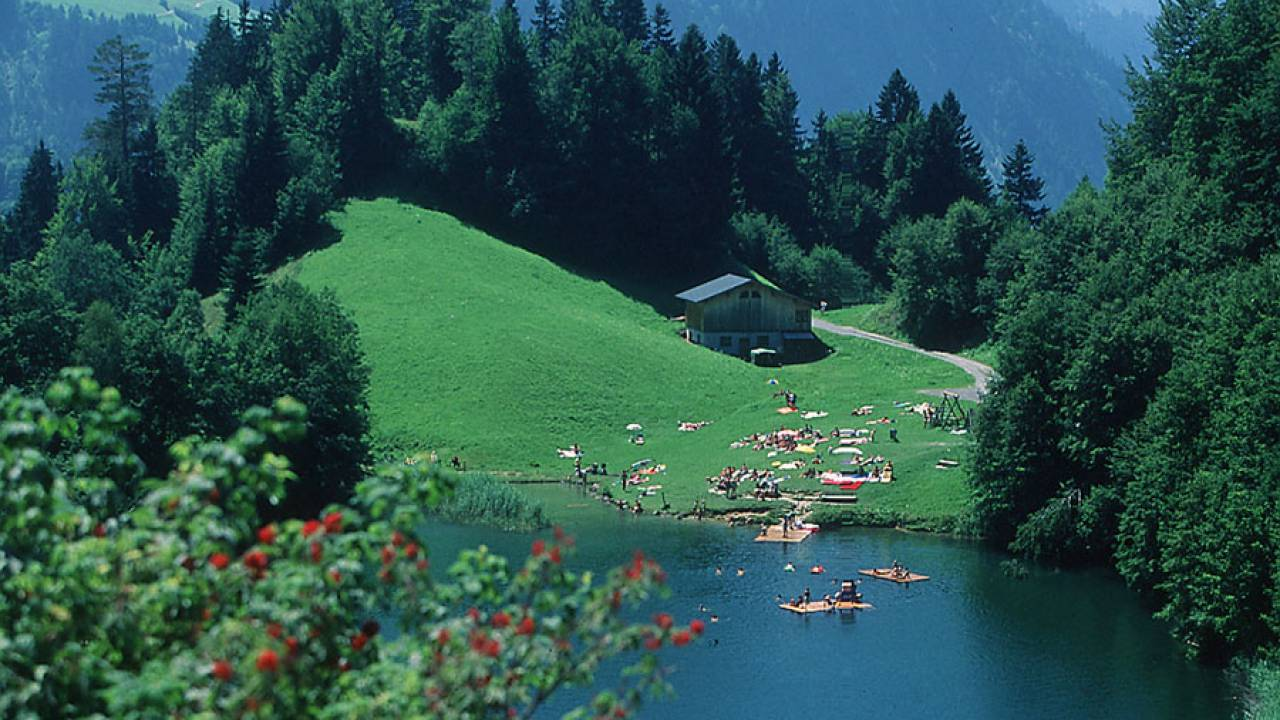 Seewaldsee bathing lake